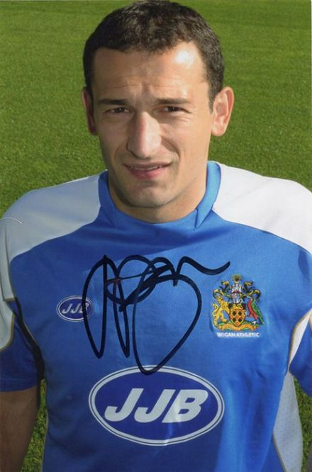 Josip Skoko, Wigan Athletic & Australia, signed 6x4 inch photo.